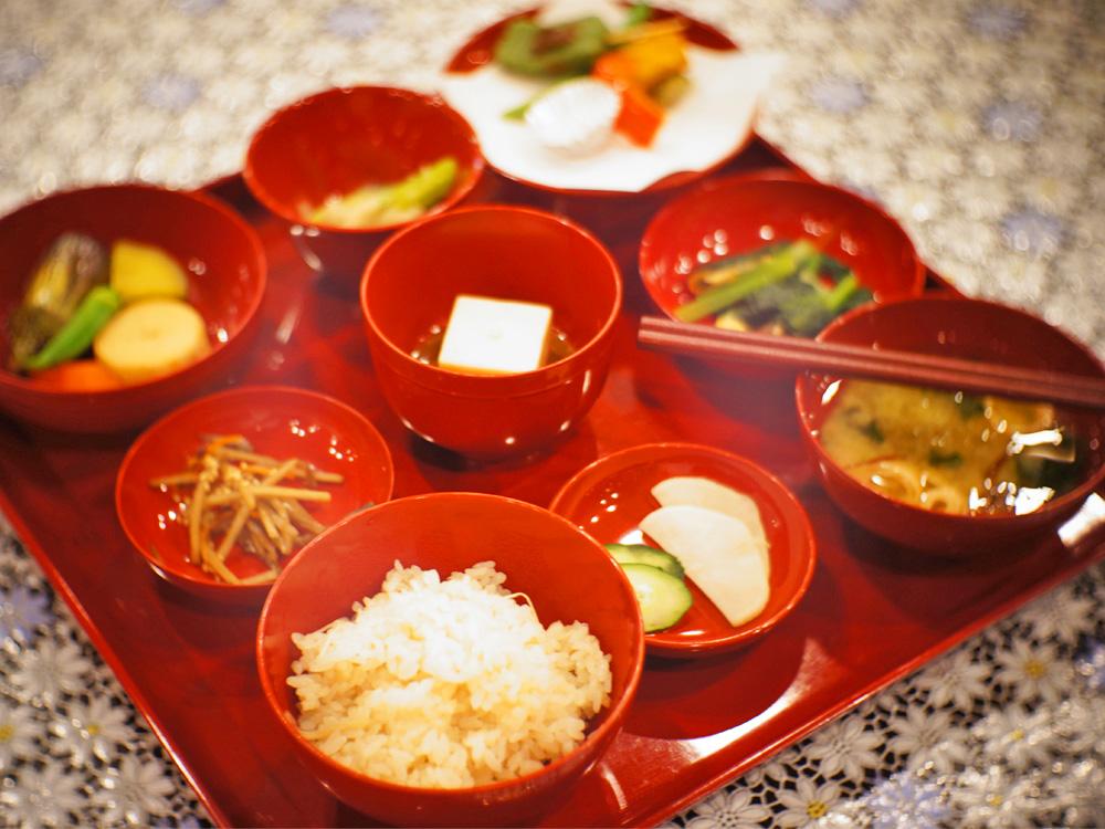 これぞ非日常。精進料理の基礎を築いた曹洞宗の大本山で、写経と精進料理を味わう(前編)の画像
