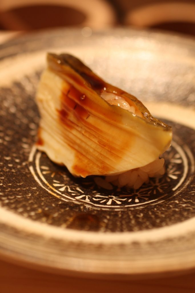 """""""ファッション業界の相談役""""が惚れ込んだ寿司と肉!の画像"""