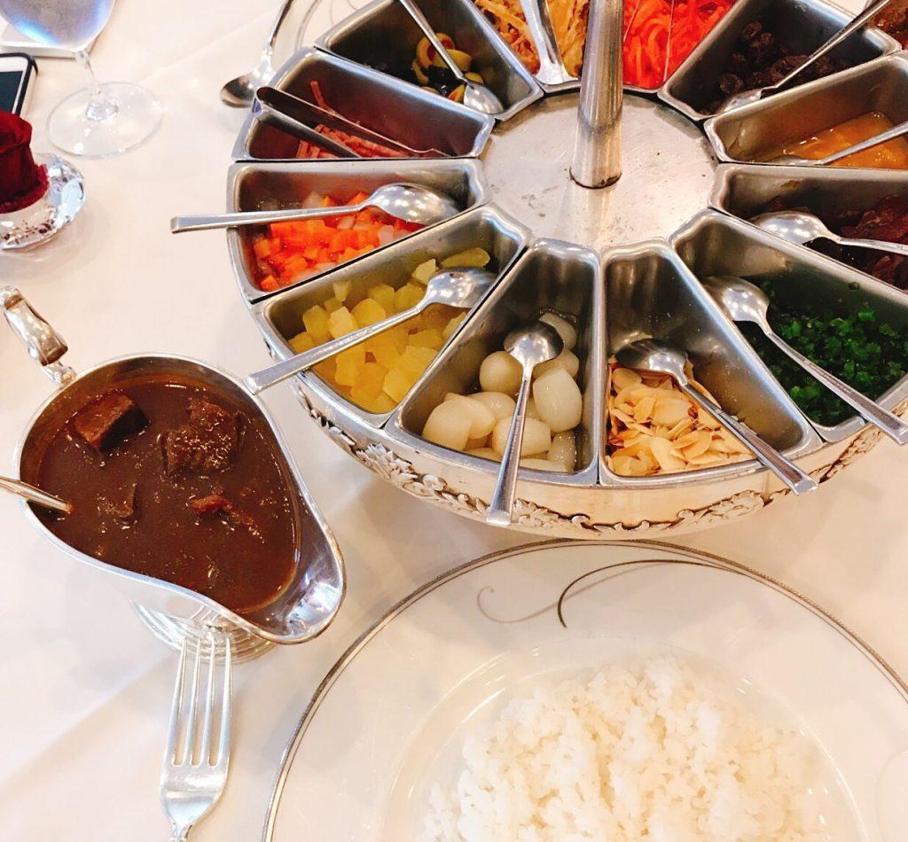 財界のエスタブリッシュメントたちが金曜日にカレーライスを食べる理由の画像