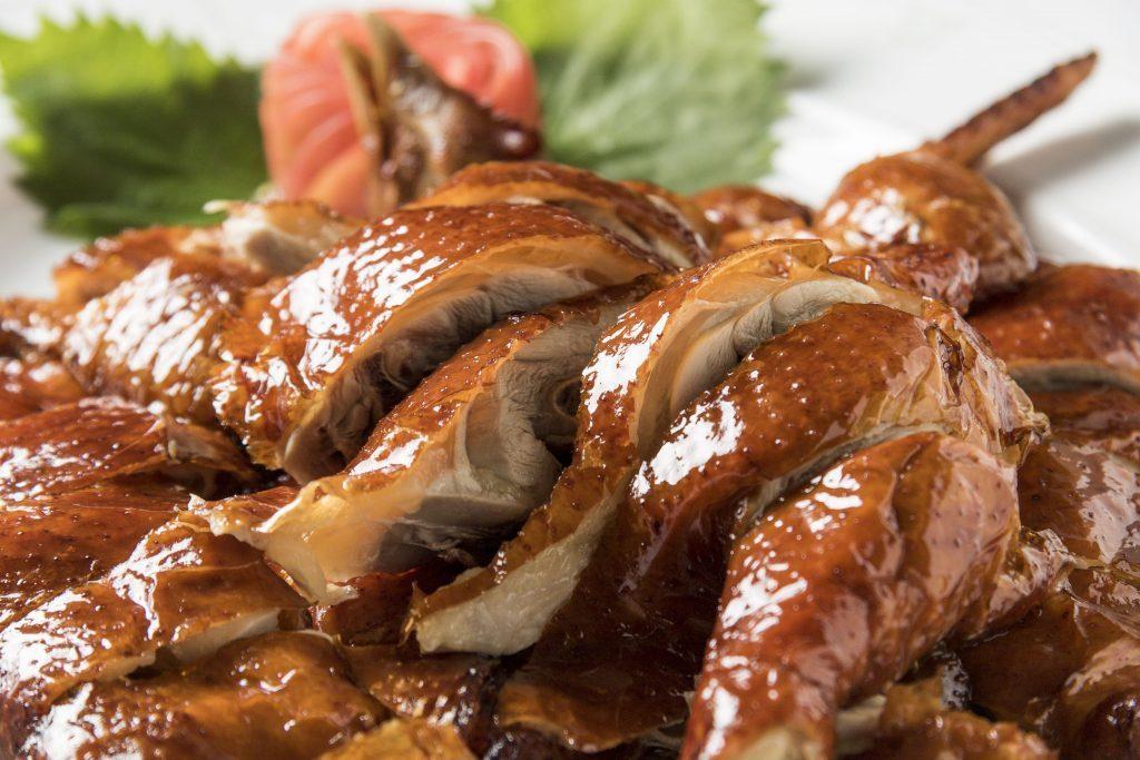 香港本店の味をそのままに!家全七福酒家の「金鶏の姿揚げ」がすごい理由の画像
