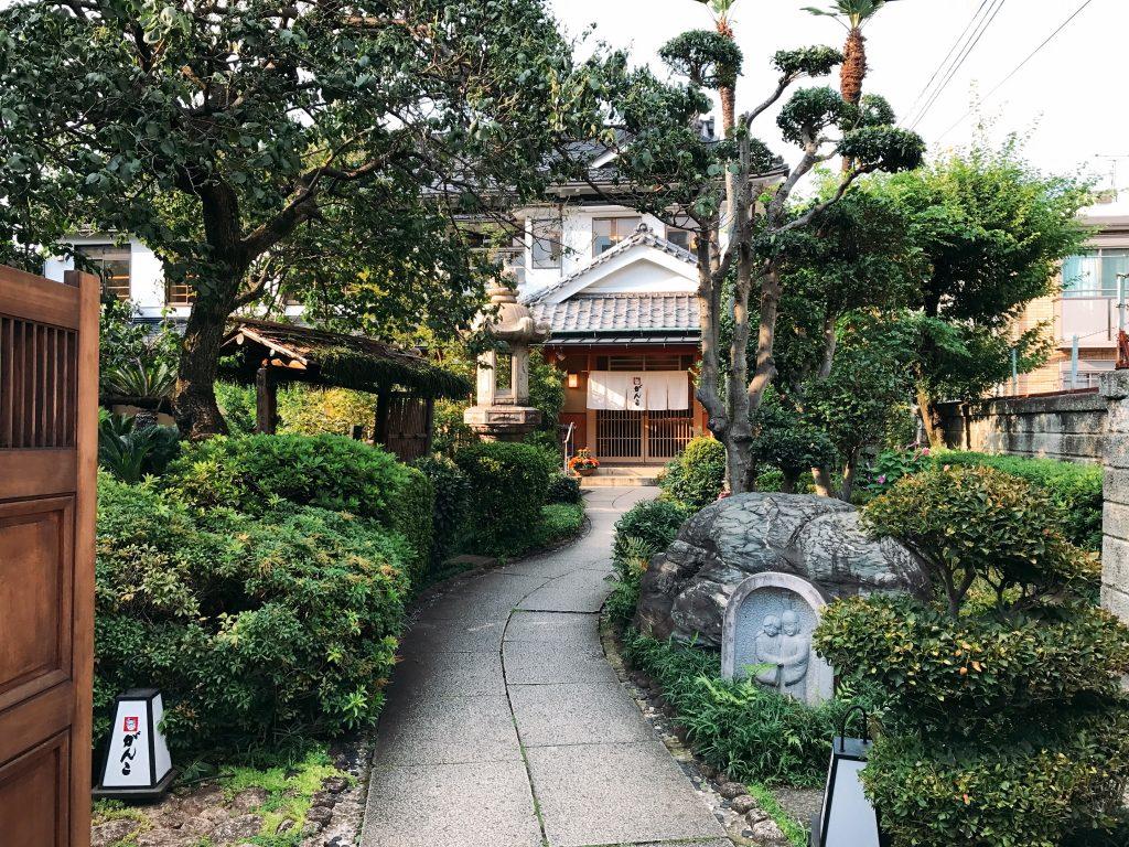 まさに非日常。日本の美容界のパイオニアのお屋敷でランチができるって知ってますか?の画像