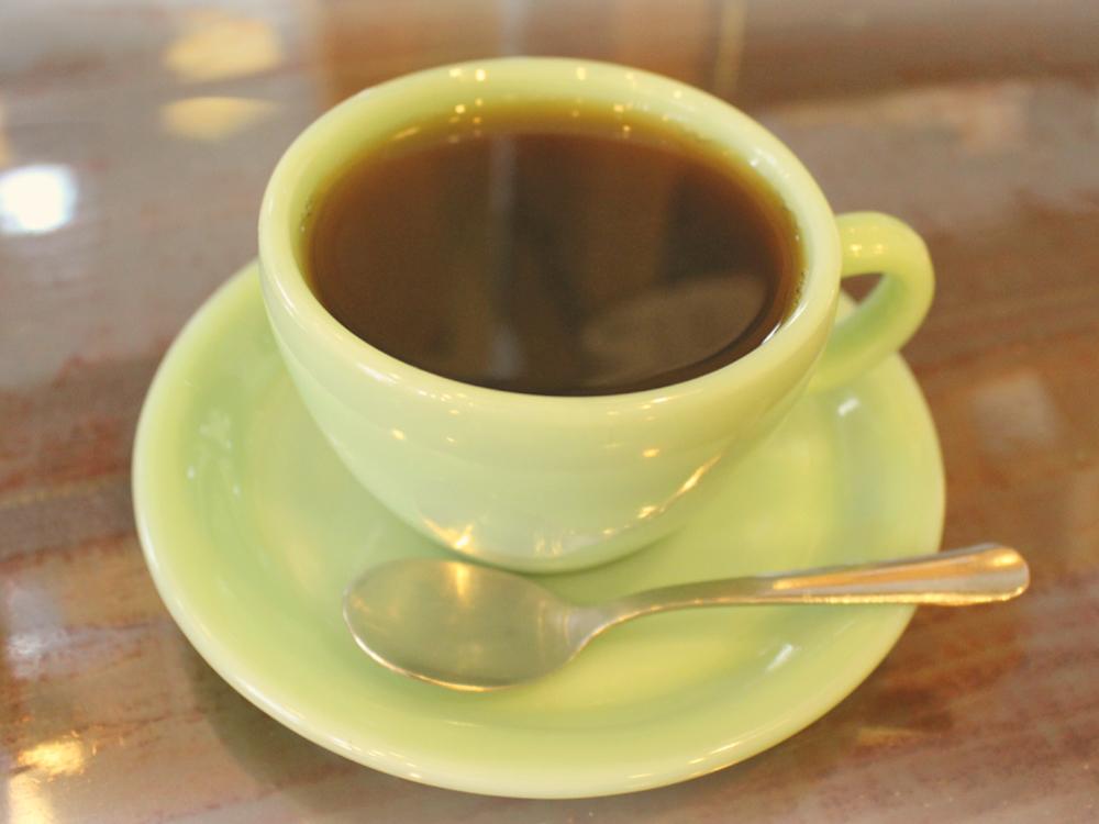 コーヒーと客に真摯。カフェインレスコーヒーが美味しい街角の名店の画像