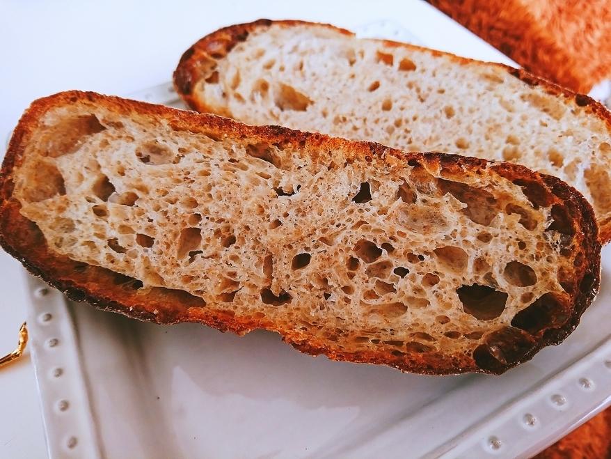 この硬さが至極!日本全国津々浦々ハード系パン紀行の画像