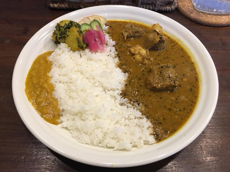 """""""カレーの街""""神田でカレーマニアを唸らせたカレー店5選!の画像"""