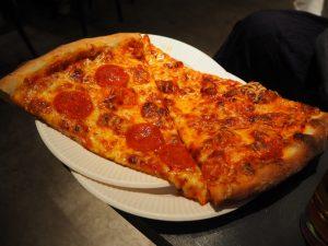 アパレル企業が手がけるピザは本当にイケてるのか!?の画像