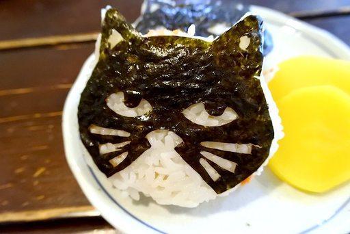 下町、エキナカで発見!美味しくてカワイイ猫集めましたの画像