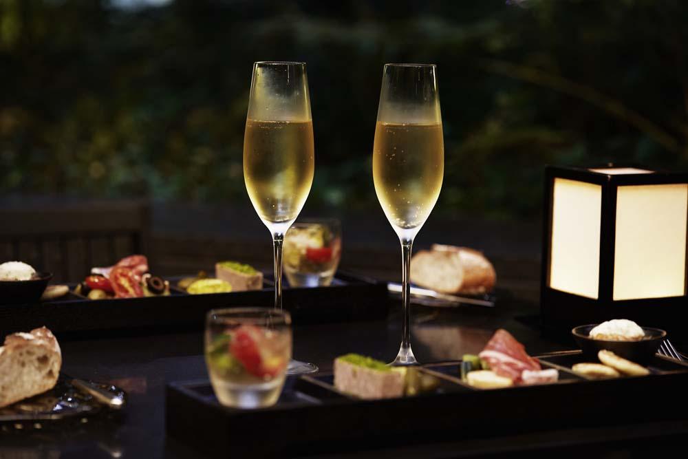 アマン東京の森で、ワインを心ゆくまで飲みたい。秋限定のフリーフロープランが登場の画像