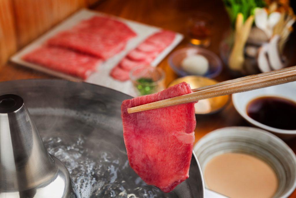 溢れだす肉汁が規格外!この冬食べるべき肉鍋はこれだの画像