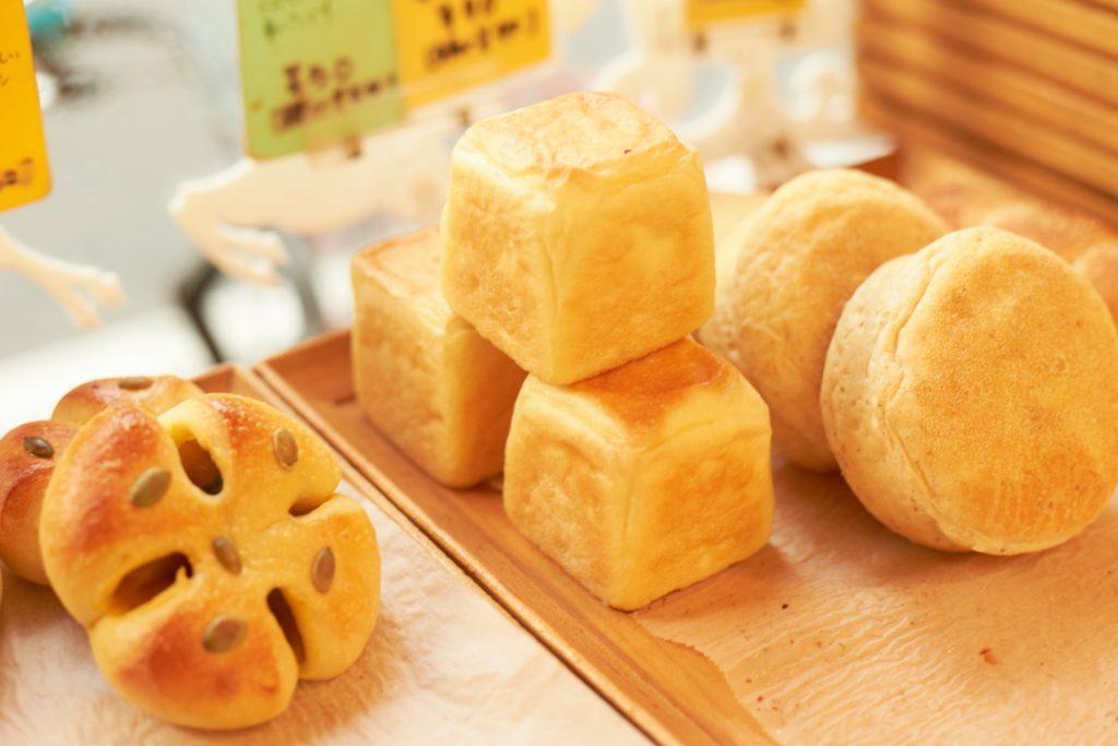 """""""文化の交差点""""浅草橋で見つけた、アイデア光るパン屋さんの画像"""