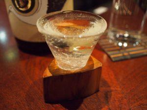 0次会や2次会に!500円以下から飲める日本酒スタンドが今熱い!の画像
