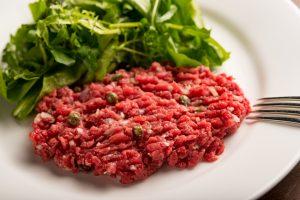 日本初解禁!パリ発熟成肉専門ビストロに本場のタルタルステーキが遂に登場の画像