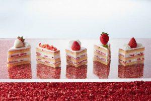 甘酸っぱい春の競演!5種の苺のショートケーキを食べ比べの画像