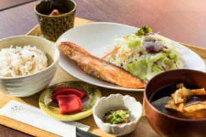 """""""菌はおいしい""""を実感できる、本物の発酵食品専門カフェ「かもし堂」の画像"""