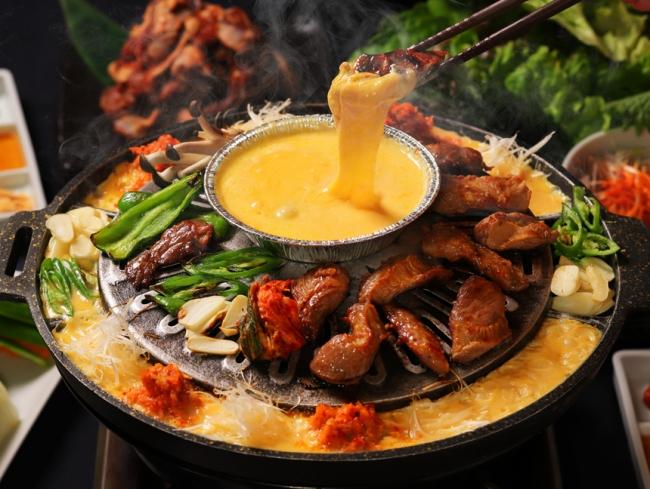 韓国チーズ料理の新トレンド!「チーズカルメギサル」ってなんだ!?の画像