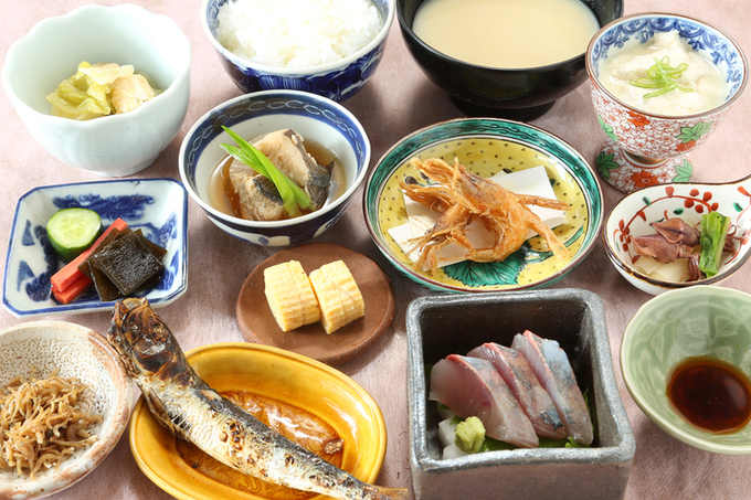 """スーパーシティ金沢で、金運あげる""""多皿ランチ""""の画像"""