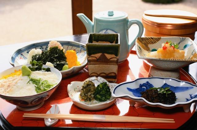 〈おいしい歴史を訪ねて〉第1回 松江城と、島崎藤村が愛した鯛めしの画像