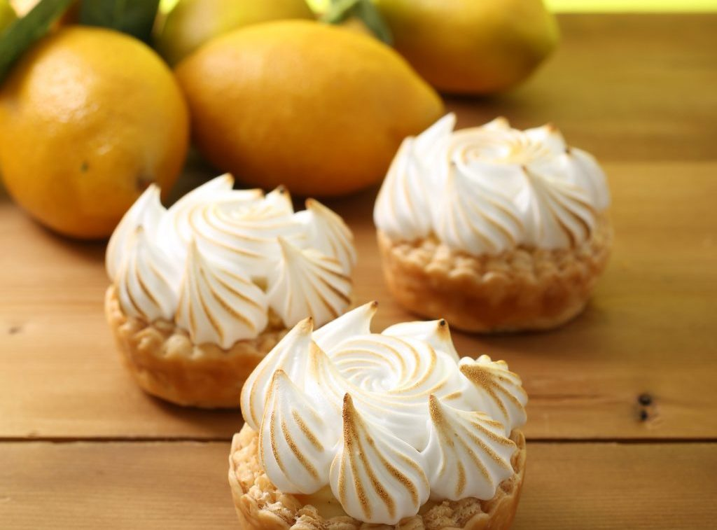 瀬戸内レモンのクリームがたっぷり!香ばしくて爽やかな新作レモンパイの画像