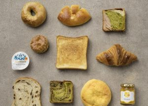 """北海道から沖縄まで、全国の人気パンが小田急新宿の""""パンヴィレッジ""""に集合の画像"""