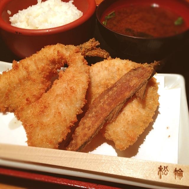 下町情緒が残るビジネス街、京橋でアジフライを食べながら思ったことの画像