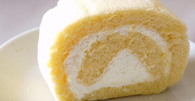 伊達巻の先祖だった!?                                              いますぐ行きたいおやつの定番                                              「ロールケーキ」の名店