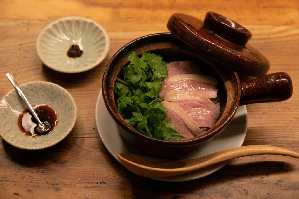 よだれ鴨、酢鴨…と鴨ずくめ!ニッチで濃い専門レストランが今アツいの画像