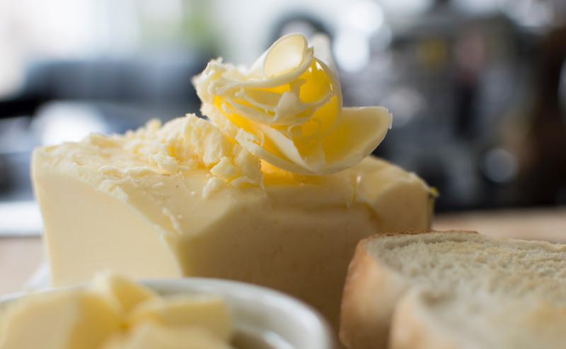 〈食べペディア 23〉エシレバターの画像
