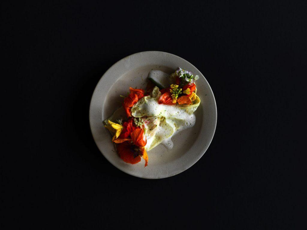 """〈占い〉7月28日の満月からは、""""革新的な食事""""で運を引き寄せる!の画像"""