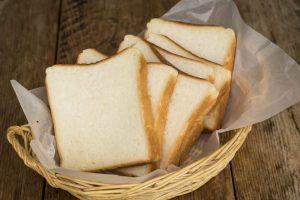 """個人店ならではの""""贅沢""""がそこに。生粋のパン好き店主が作る、シンプルで滋味深いパンを求めての画像"""