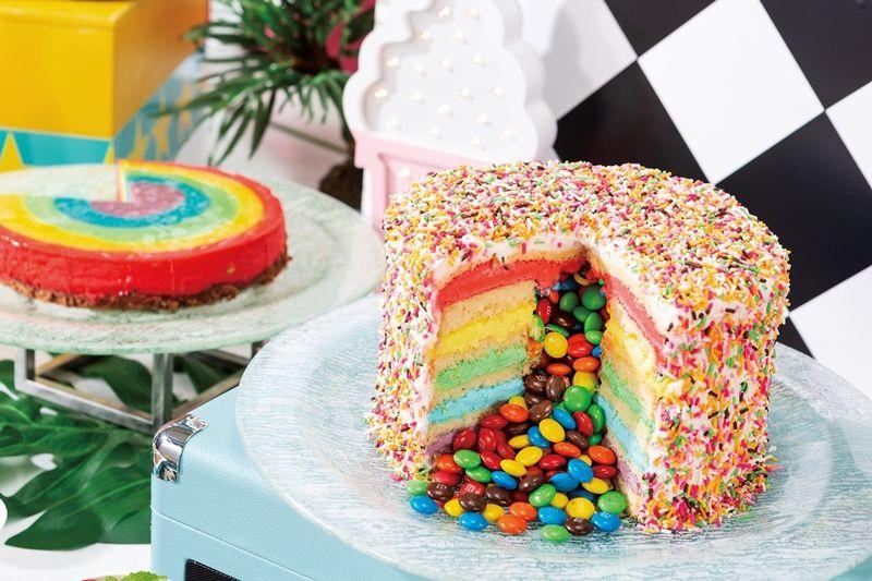 ケーキの中からチョコが流れ出す!レトロなアメリカンダイナー風ブッフェが開催の画像