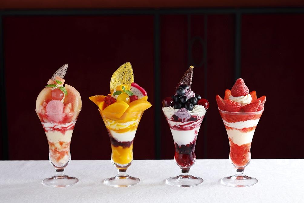 この夏、銀座に通い詰めたい!贅沢フルーツたっぷりの「真夏のパフェフェア」の画像