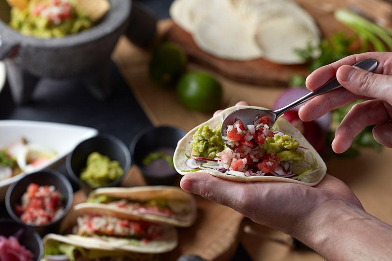 お台場でメキシコ料理とラテン音楽に酔えるブッフェの画像