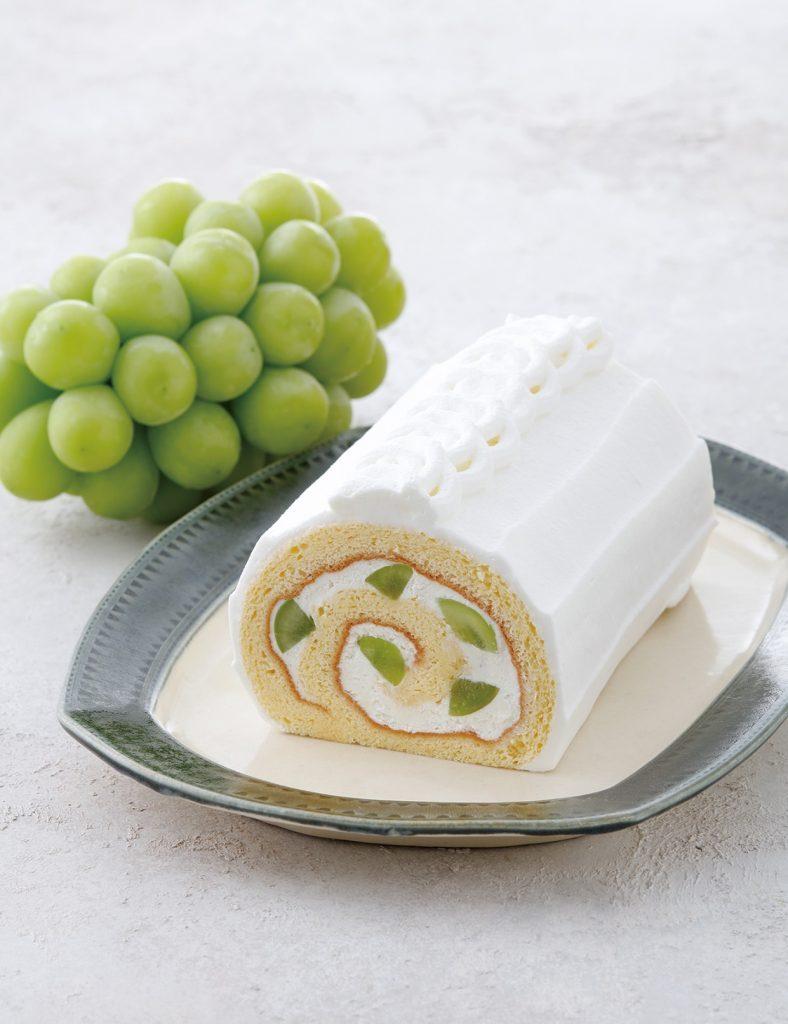 シャインマスカットの旬が到来!話題のロールケーキが今年も期間限定で発売の画像