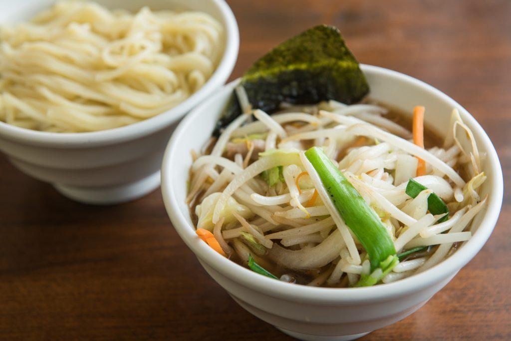 〈新連載〉住んでいなくても通いたい!高円寺の「中華料理 天王」の野菜つけ麺の画像