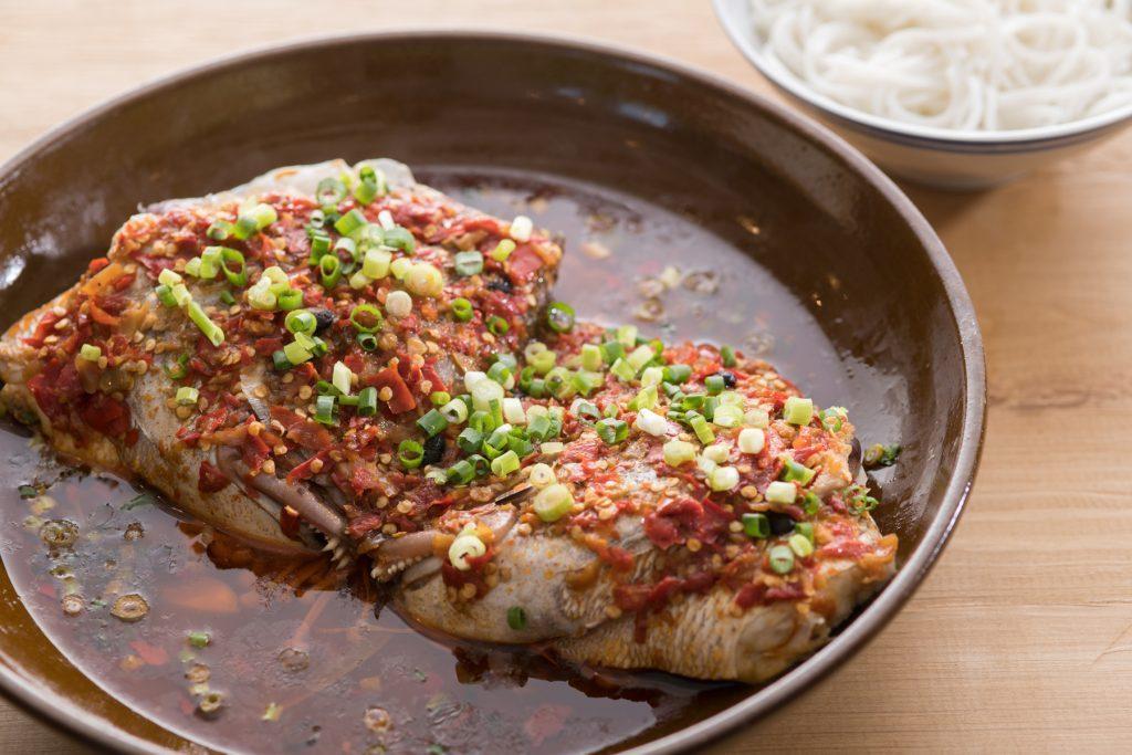 〈噂の新店〉辛さに発酵の旨味をプラス!注目の中華「湖南料理」って何だ!?の画像