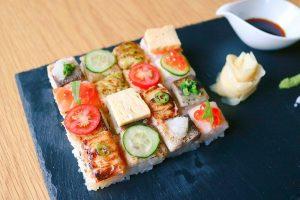 カナダから逆輸入の「炙りモザイク寿司」って何だ!?の画像