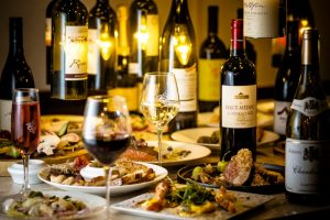 カジュアルフレンチと併せて楽しむ!高級ワインを原価で堪能の画像