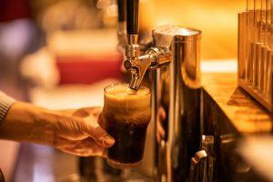 「初めて自分たちが造ったビールを飲んだ時には涙が…」銀座発ブリューインバー物語の画像