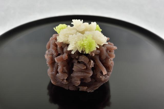 忠臣蔵ゆかりの土地、京都・山科を散策した後は、地元で愛される「芳治軒」の和菓子をの画像