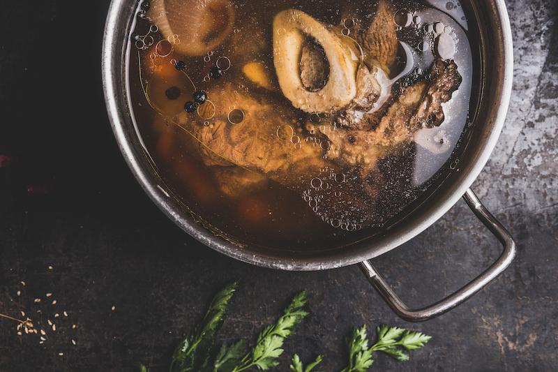 〈食べペディア 129〉ブロススープの画像