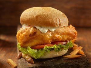 〈食べペディア 136〉魚系バーガーの画像