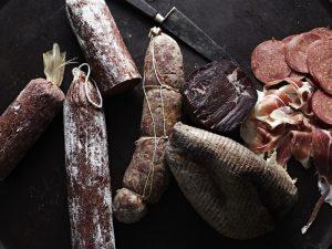 〈食べペディア 115〉燻製料理の画像