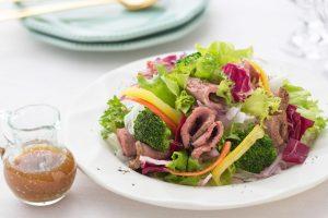 クリスマス期間限定!ヘルシーなホリデーを叶える「Salad Cafe」の画像