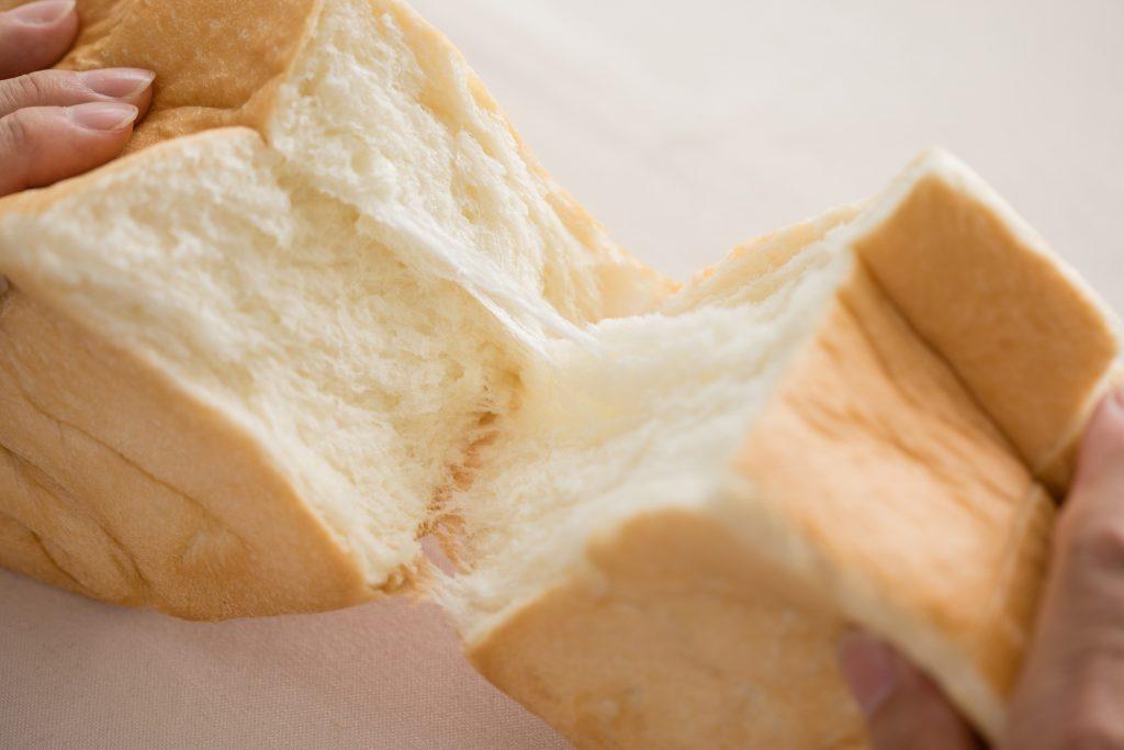満を持して大阪に!行列のできる高級食パン専門店「銀座に志かわ」の画像