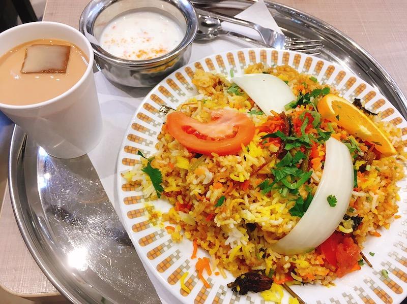 〈今週のカレー〉ショッピングモールのフードコートで食べられる本格インド料理!?の画像