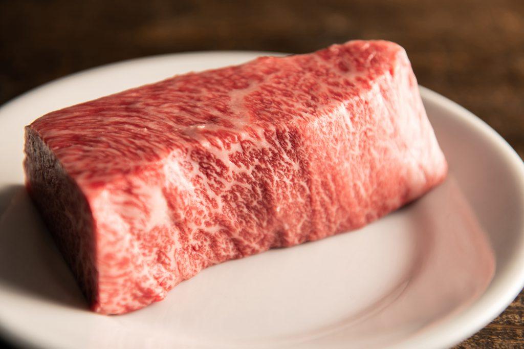 「あの店の◯◯が食べたい!」−その2 ステーキ編−〈食べログマガジン・クックパッドニュースコラボ企画〉の画像