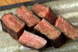 「焼肉はタレが一番!」と語るご主人が営む焼肉店。深夜食堂としての利用もの画像