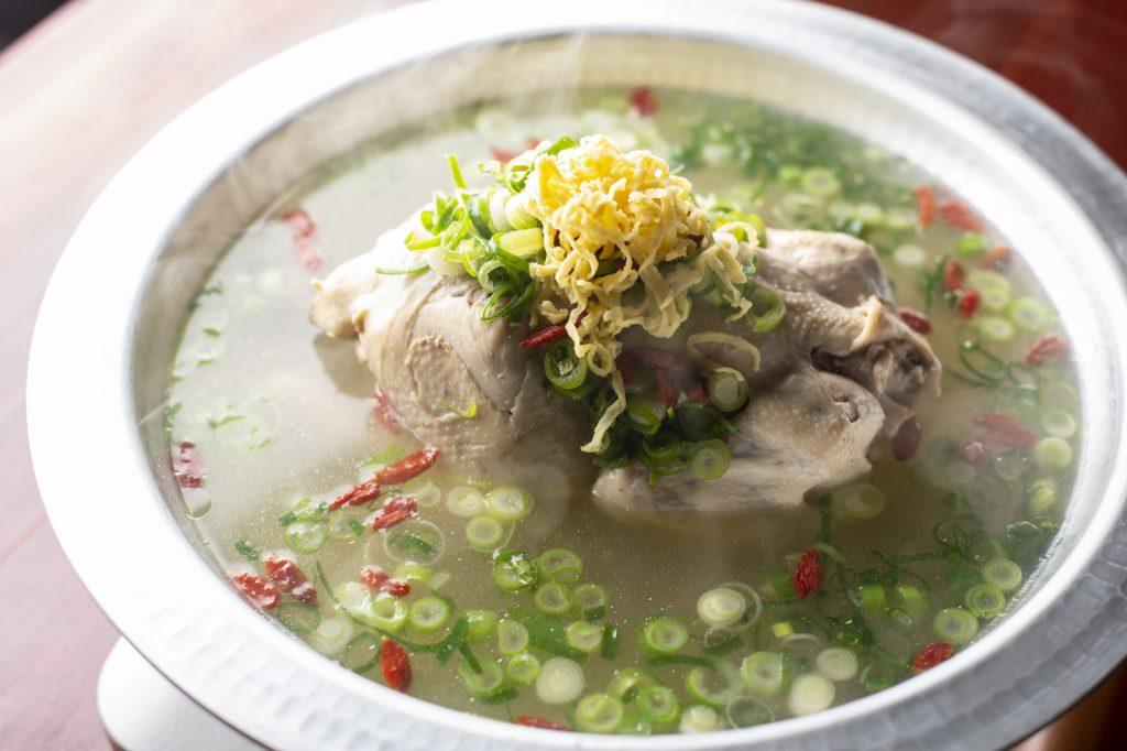 〈噂の新店〉絶品参鶏湯ここにあり。一流の韓国料理人の味を伝承する店の画像