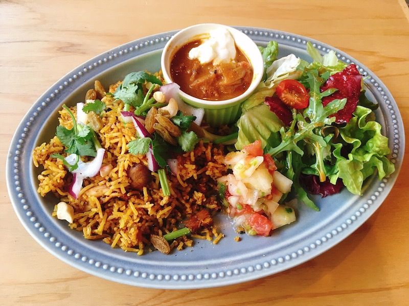 〈今週のカレー〉注目の世界料理カフェに登場した納得の「ビリヤニ」ってどんな味?