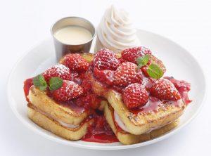 フレッシュフルーツを贅沢に盛り付け! 春の新作フレンチトーストの画像