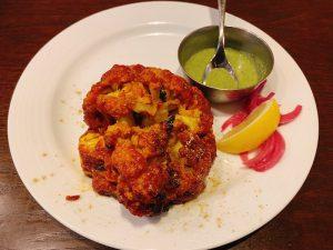 〈今週のカレー〉最高の南インド料理専門店で出合える最強のカリフラワー料理って?の画像